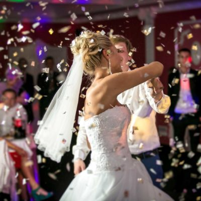 Finding The Most Entertaining Wedding Dj For Great Fun